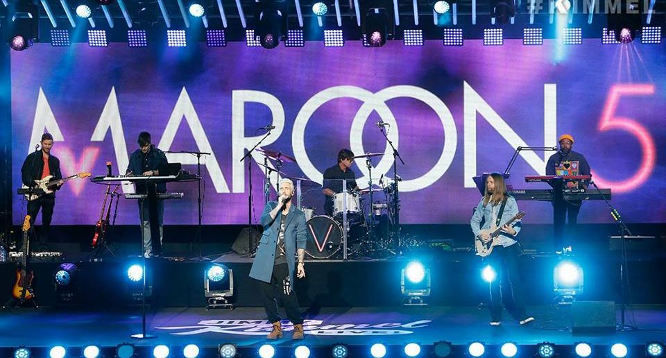 maroon-5-2018-jimmy-kimmel-wait-what-lovers-do