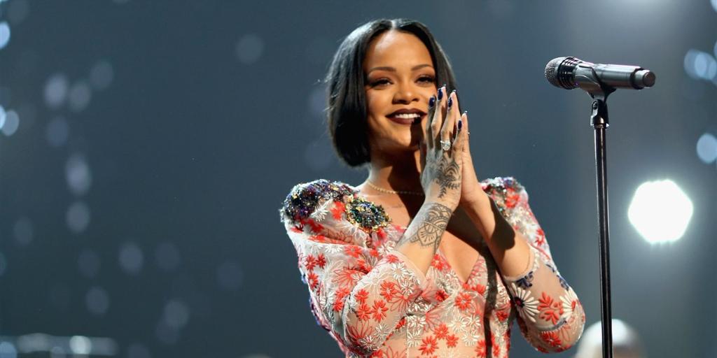 Rihanna-anniversaire-carrière-30-ans-tubes-nouvel-album