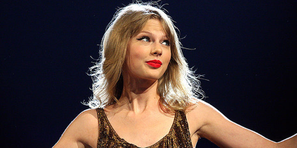 taylor-swift-reprend-september-earth-wind-and-fire-2018