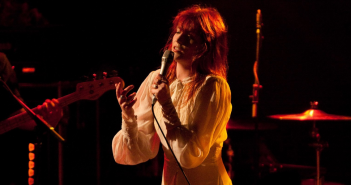 florence-+-the-machine-concert-accorhotels-arena-paris-2019