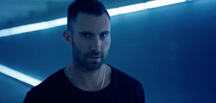 Adam Levine est plus sexy que jamais pour Yves Saint Laurent !