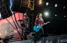 dave-grohl-des-foo-fighters-invite-sa-fille-violet-reprise-adele-when-we-were-young