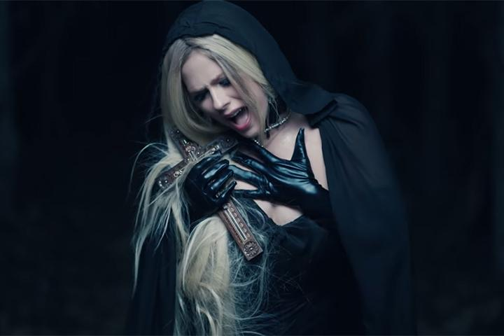 Avril Lavigne de retour en tournée avec un concert en France