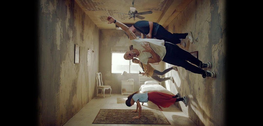 """Coldplay : ils sont là, écoutez """"Orphans"""" et """"Arabesque"""" un featuring avec Stromae ! 1"""
