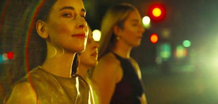 Haim dévoile le single «Gasoline» featuring Taylor Swift et sort une édition deluxe de «Women In Music Pt. III»