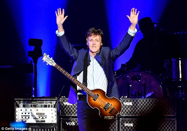 Paul McCartney revient à la Paris La Défense Arena — La Défense