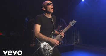 Joe Satriani à l'Olympia en juin et en tournée en France en 2020 : c'est bientôt l'ouverture de la billetterie 6