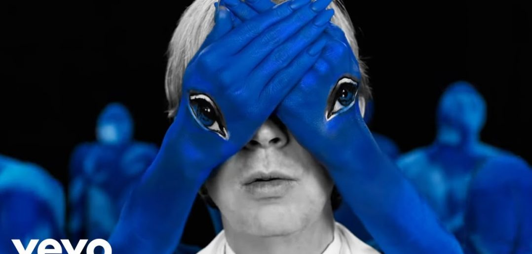 """Beck vous offre un beau moment avec son nouveau titre, """"Dark Places"""" 1"""