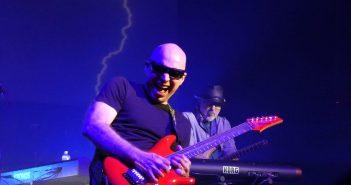 Le guitariste Joe Satriani sera à l'Olympia en juin et en tournée en France en 2020 10