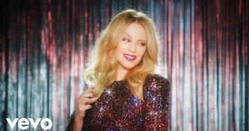 """Après """"Golden"""", Kylie Minogue prépare déjà la suite avec un album disco ! 8"""