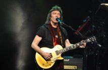 """Steve Hackett revient en concert à Paris avec le """"Genesis Revisited"""" et il vous attend à la Salle Pleyel 5"""