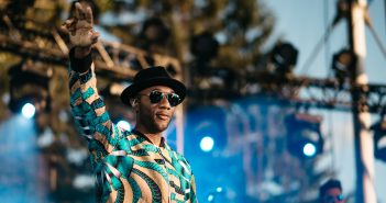 """Aloe Blacc revient dans nos vies pour s'engager avec nous avec un beau """"I Do"""" 8"""