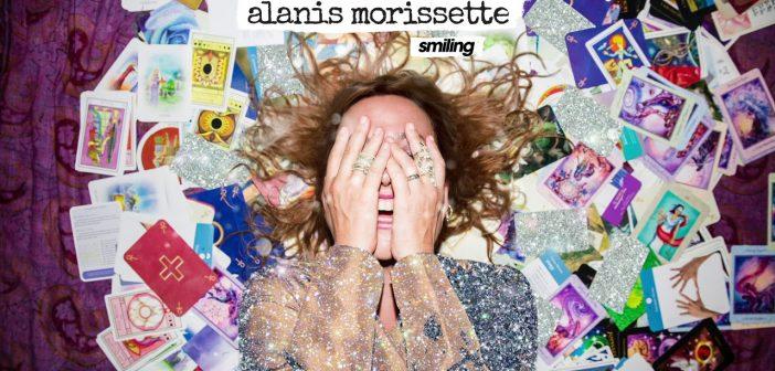 Alanis Morissette dévoile un remaster 4K de son clip « Head Over Feet »