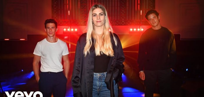 London Grammar dévoile un clip de « Baby It's You » et reprend, en live, « Blinding Lights » de The Weeknd !