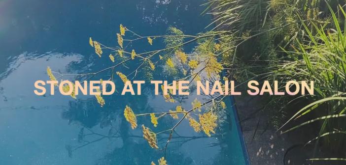 Lorde revient avec le single «Stoned At The Nail Salon», avant l'album «Solar Power»