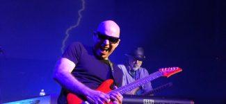 Le guitariste Joe Satriani sera à l'Olympia en juin et en tournée en France en 2020
